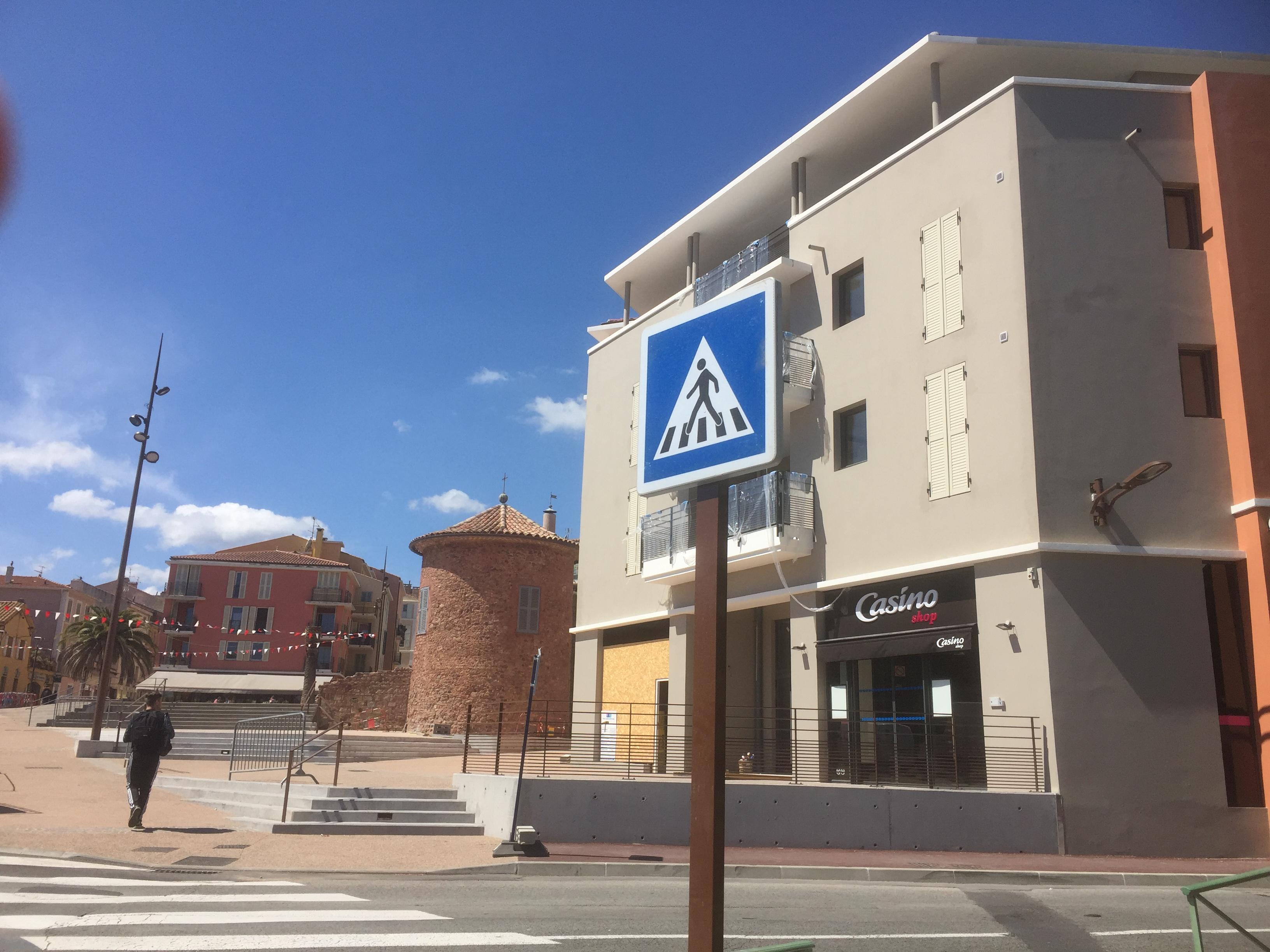 Achat-Vente-Local d'activités-Paca-VAR-FREJUS